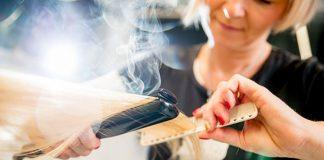 Avoid-Hair-Mistakes-When-Curl-Your-Hair-Using-an-Iron-on-dependableblog