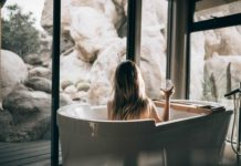 Tips-to-Build-Your-Bathroom-That-Feel-Larger-on-dependableblog